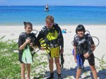 Padi Junior Open Water Divers mit Ihrem Vater