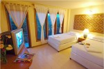 Moderner Raum mit Bergblick im Utopia Resort, Koh Phangan